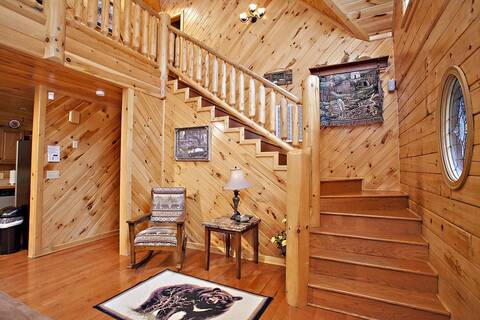 BUCKEYE DREAMER Gatlinburg Cabin Photo