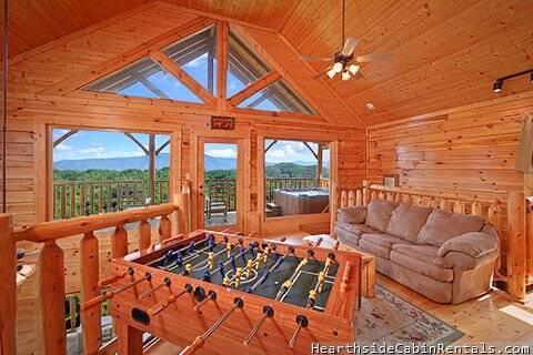 Smoky mountain high 3 bedrooms cabin hearthside at the for 3 bedroom cabins in smoky mountains